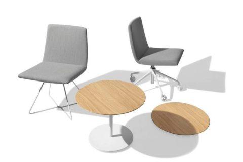 MSM Tisch Modell 225 mit weißem Gestell und Tischplatte Holz in Kombination mit Lounge-Stühlen