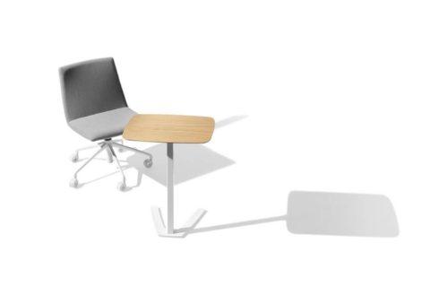MSM work table 4 Beistelltisch Gestell weiß Tischplatte Holz drehbar und klappbar in Kombination mit Loungestuhl