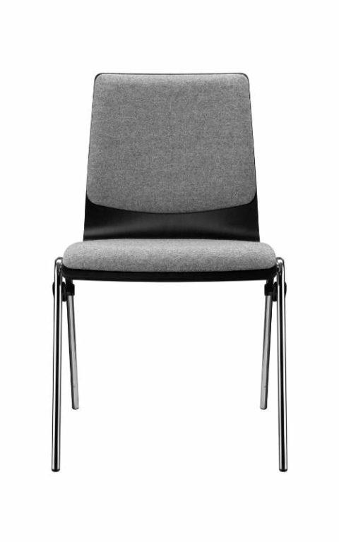 MSM Stapelstuhl Genius schwarze Sitzschale Polster grau Rücken und Sitzfläche