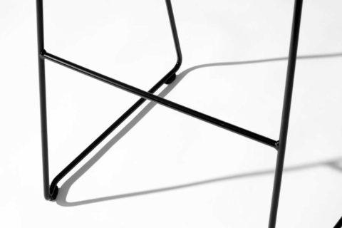 MSM Barhocker Detailbild schwarzes Gestell