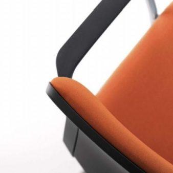 MSM Stapelstuhl Eight mit Sitzpolster und Rückenpolster