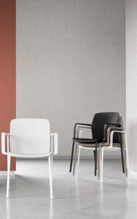MSM Form & Furniture Modell FOUR Slide, Stapelstuhl verschiedene Farben, ergonomische, bewegliche Sitzschale