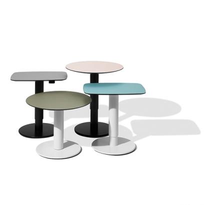 MSM Work tables Modell 2 in verschiedenen Konfigurationen