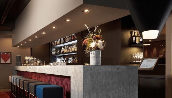 malschersitzmoebel-projekt-the goldman hotel frankfurt-bestuhlung barbereich_3